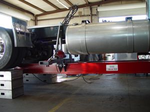 Portable Aluminum Runways with Frame Press